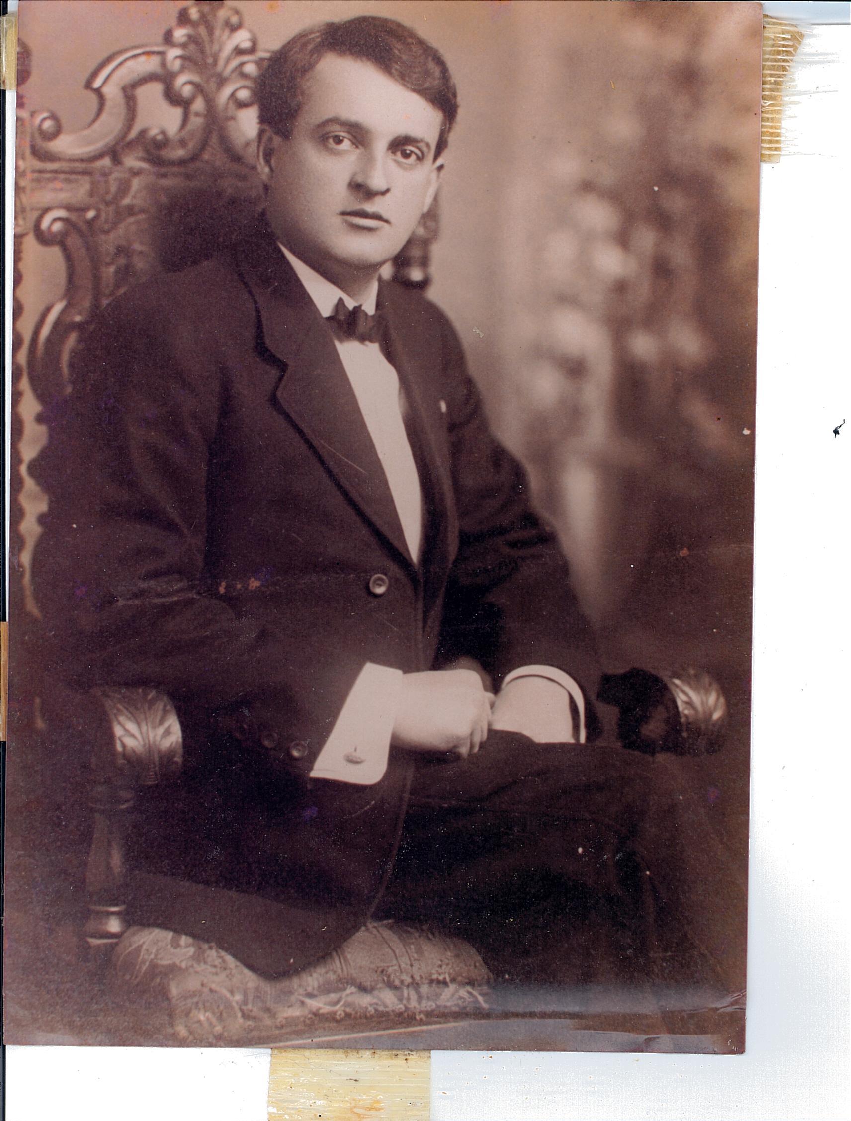 Max Sr. de la Rua